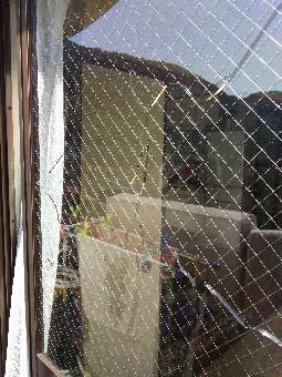 【施工前】浜松市西区のマンションにて熱割れ発生でガラス交換