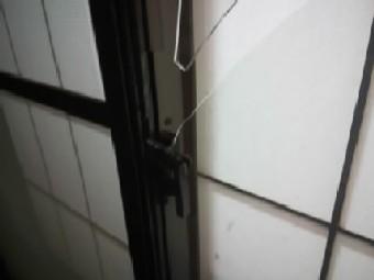 【施工前】静岡県浜松市西区の戸建住宅にて泥棒によるこじ破り被害
